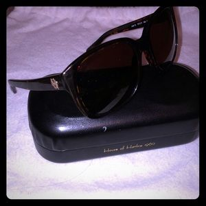 Julie House of Harlow 1960 sunglasses